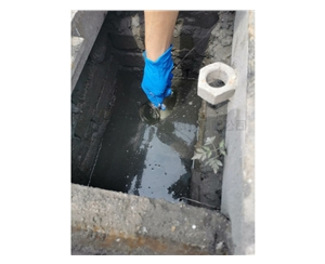 检测污水采样中